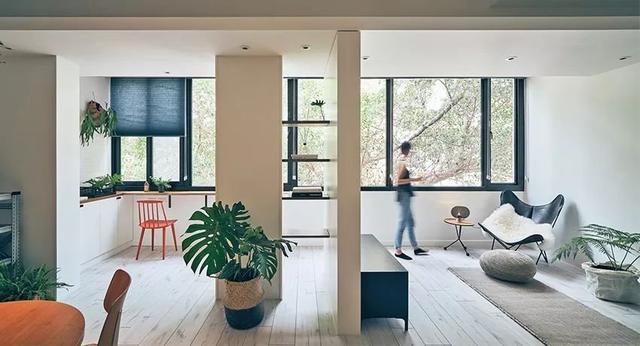 室內設計中裝飾材料是基礎,材料不同的材質可以給人帶來不同的觸感和視覺體驗