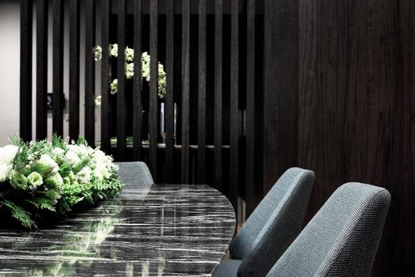 室內設計除了硬裝之外,還有很多東西都需要設計,家居設計也是非常重要的一環