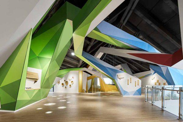 現代室內設計理應倡導結合時代精神的創新