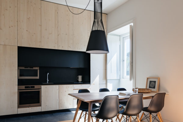 簡約風格是近來比較流行的一種室內設計風格