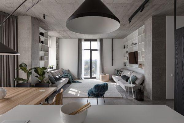 最好的中性客廳充滿室內設計色彩。只是因為您的音調被調低,所以您不太會注意到室內設計。