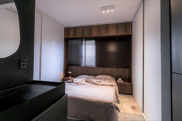 室內設計水平的高低、質量的優劣又都與設計者的專業素質和文化藝術素養等聯繫在一起