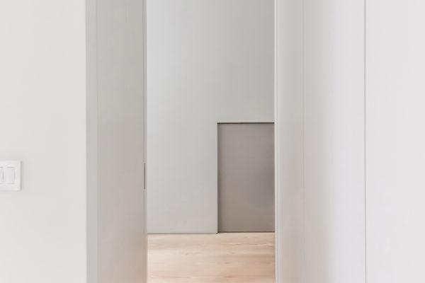 造型的和諧是指在一個室內空間或一個裝潢立面上,造型的風格與室內設計形式要統一協調