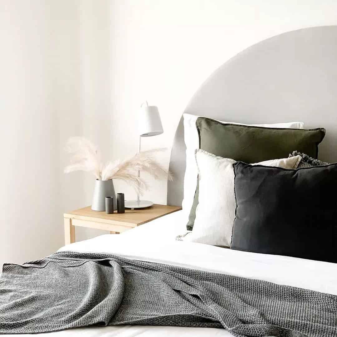 自建築的開始,室內設計的發展即同時產生,兩者的發展息息相關