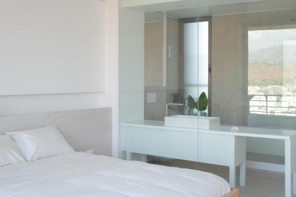 它確實平衡了室內設計硬質材料,此外地板是另一種室內顏色。