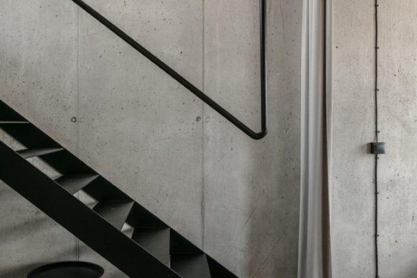 隨著工業文明的迅速發展,人們對室內設計空間材質要求逐漸把目光移向大自然