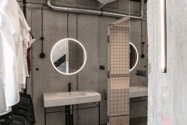 從總體來說,室內設計也還和當時的哲學思想、美學觀點、社會經濟、民俗民風等密切相關。