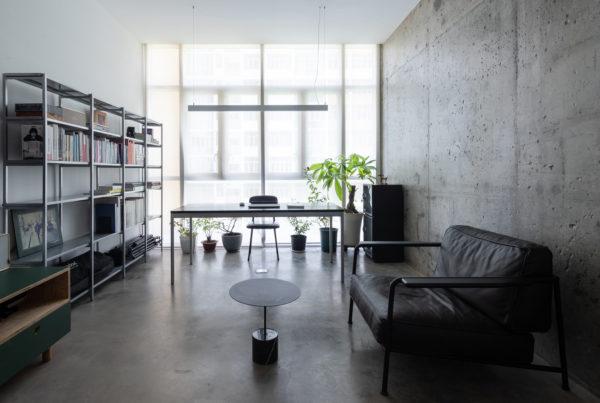 室內設計環境的色彩在人的感覺和印象中扮演著重要的角色。