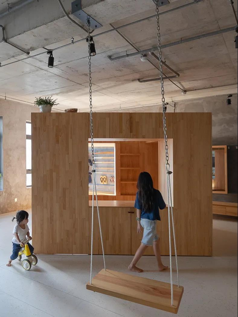 充滿童趣和歡樂的木盒子室內設計